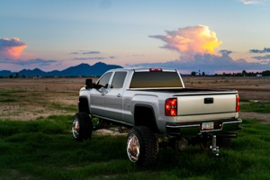 Truck Lift Kits Vs Leveling Kits - What's The Difference & Best For You?